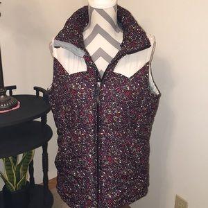 Nike Multi color puff vest